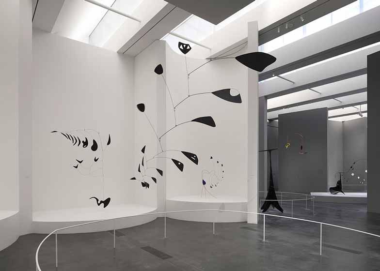 美国:calder艺术展空间设计图片