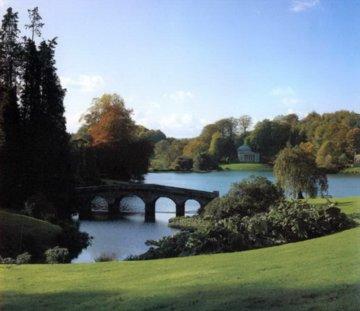 中国建筑元素在英国自然风景园中的应用