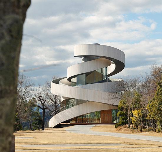 日本带状螺旋教堂 -- 建筑畅言网