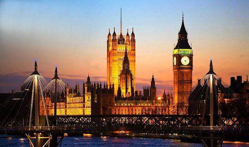 威斯敏斯特宫是英国浪漫主义建筑的代表作品