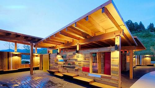 我们设计的木结构建筑运用的是北美的体系.