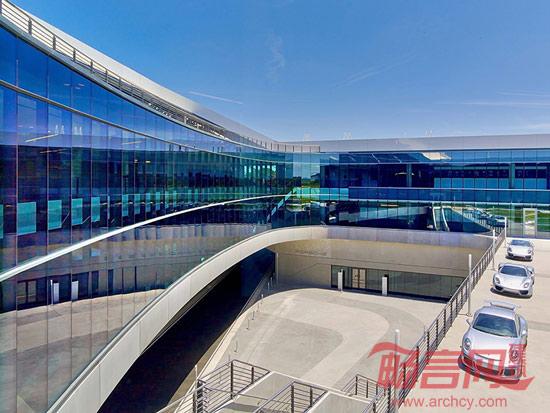 美国:保时捷亚特兰大总部