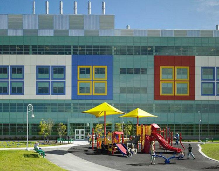 体现3h的色彩,装饰与儿童喜爱的元素在医院中无处不在,从关键科室手术