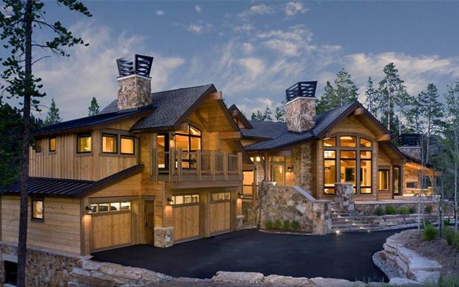 木材是人类认识和利用较早的建筑材料之一。据史书记载,木结构建筑早在公元1000年前就曾作为古代埃及和希腊基本梁柱结构形式得到应用,但由于当地木材资源的相对短缺,木结构技术在古代欧洲并没有发展成为主流结构技术。相反,古代中国木材资源相对丰富,木结构技术在中国的千年文明中却得到了广泛的应用和发展,而成为中国建筑史上最主要的建筑方式,并形成了风格独特的建筑体系。近代随着钢铁工业的发展和混凝土技术的发明及应用,出现了钢结构和钢筋混凝土结构,但西方木结构技术却也同得到了长足发展,特别是人造木技术的发展,使得木结构