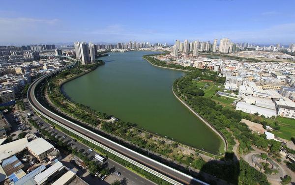 3,海绵城市湿塘等调蓄容积植物    调蓄容积植物是园林水体中不可缺少