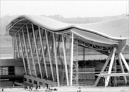一种耐高温的建筑钢结构