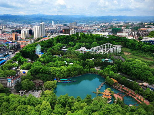 立体绿化建筑非常流行(图片来源:百度)-日本 高科技铸就 城市绿肺