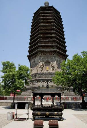 寺庙木雕花篮图片
