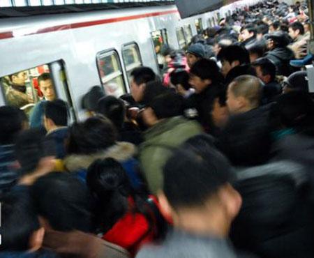 中国地铁站设计被指呆板 新鲜空气仅美国50%