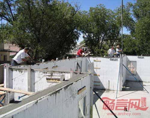 保温混凝土模板系统施工